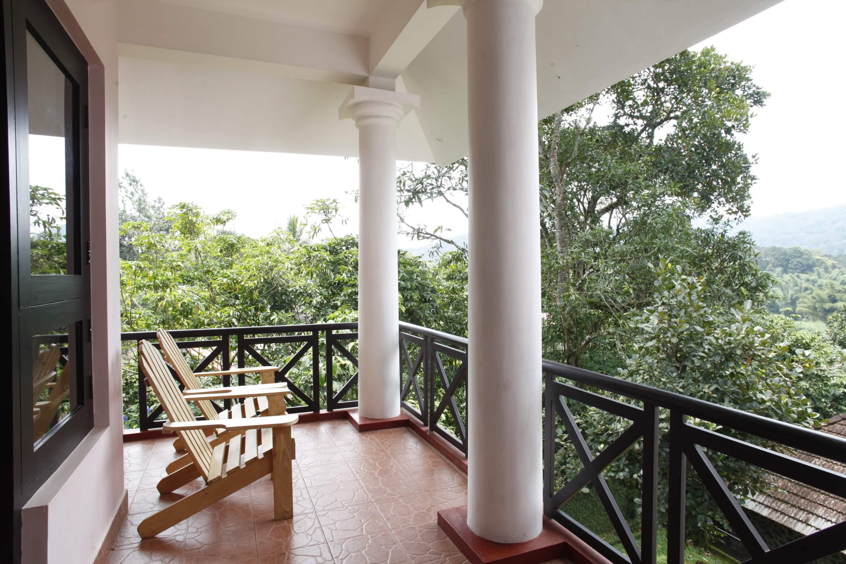 Hotel Treetop