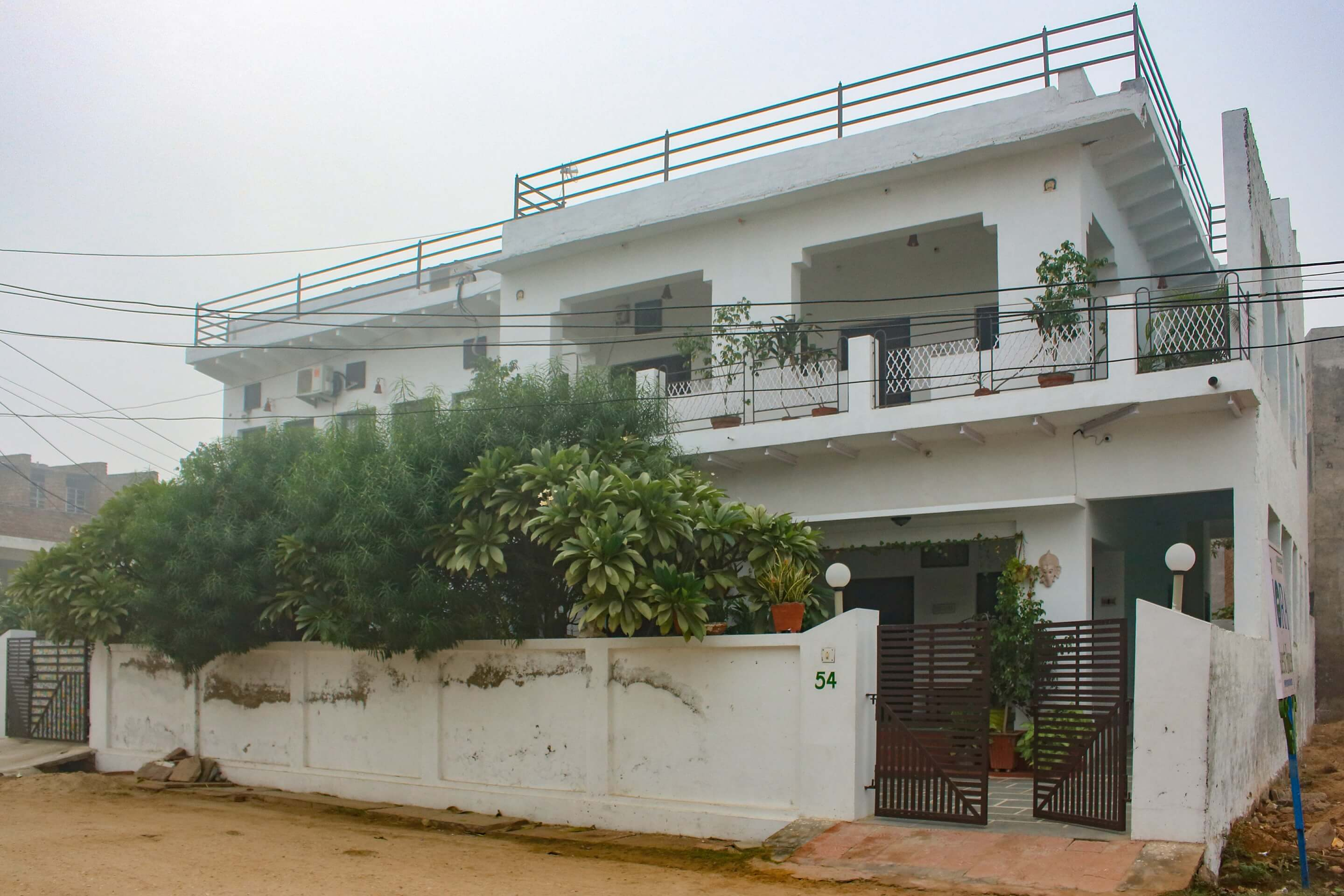 Iora Guesthouse