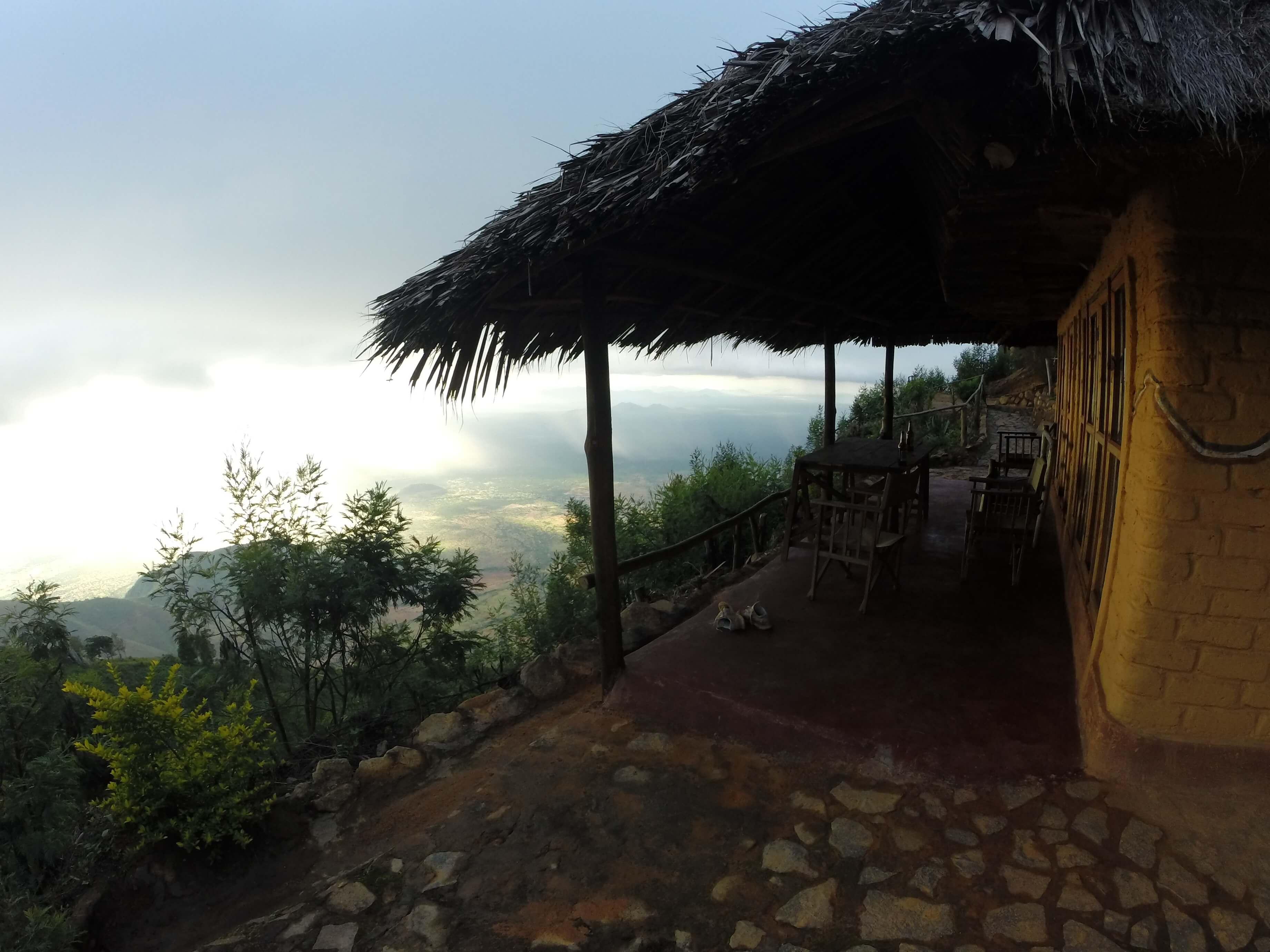 Mambo Cliff Inn
