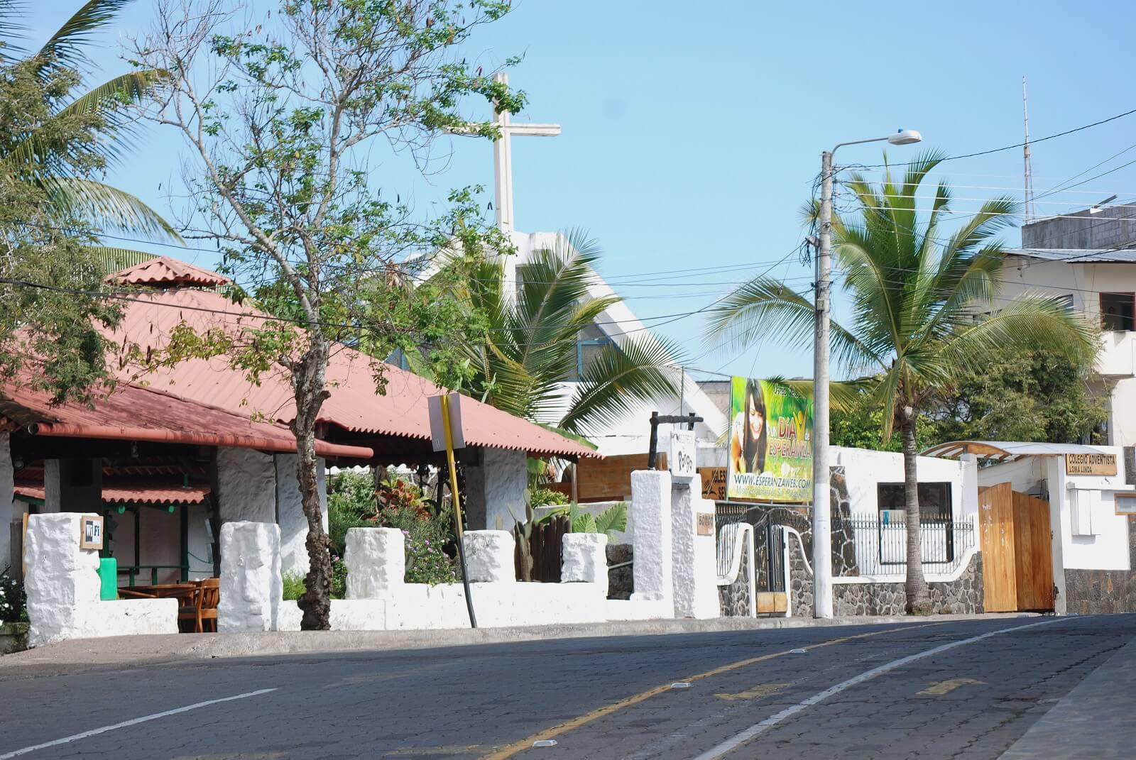 Gloria Galapagos Inn