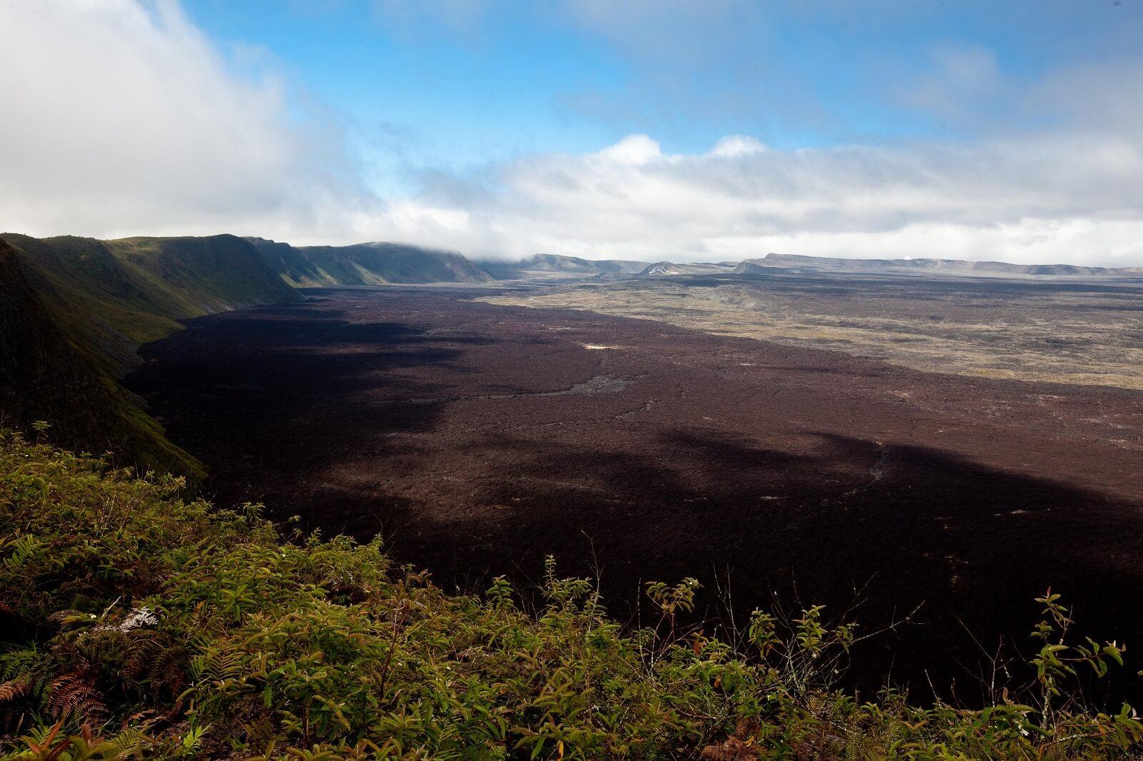 Zweiter Vulkan auf den Galapagosinseln aktiv